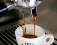 La differenza tra caffè di casa e l'espresso