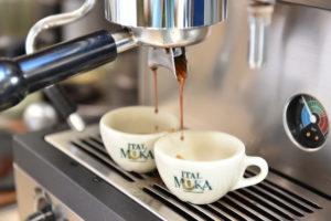 Come fare un ghiacciolo al caffè