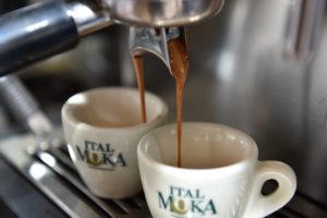 E allora ecco come fare un gran liquore al caffè