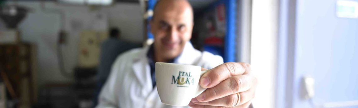 Quanti caffè si possono bere al giorno senza danni per la salute?